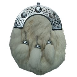 White Fur Sporran with Knotwork Cantle